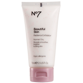 Bild: N°7 Beautiful Skin Radiance Exfoliator