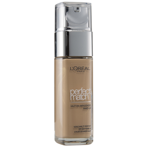 Bild: L'ORÉAL PARIS Perfect Match Make-up golden beige