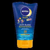Bild: NIVEA Sun Kids swim & play Sonnenlotion LSF 30