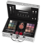 Bild: VIP Journey Vienna Make-up Koffer