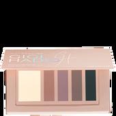 Bild: MAYBELLINE Gigi Hadid Eye Contour Palette cool