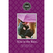 Bild: Bridgewater Candle Company Duftsachet Kiss in the Rain