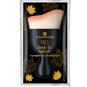 Bild: essence Fall back to nature Highlighter & Blush Brush