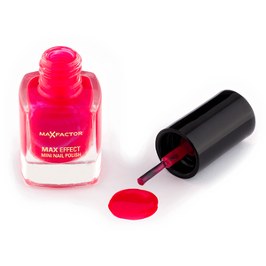 Bild: MAX FACTOR Max Effect Mini Nagellack hot pink