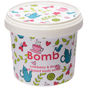 Bild: Bomb Cosmetics Cranberry & lime oil based body scrub