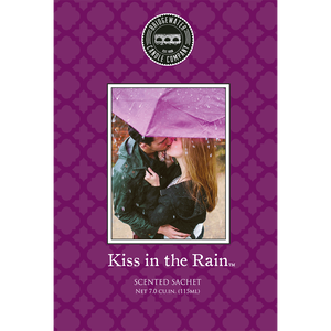 Bild: Bridgewater Candle Company Duftsachet Kiss in the Rain