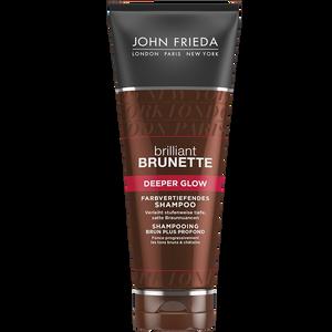 Bild: JOHN FRIEDA brilliant Brunette Deeper Glow farbvertiefendes Shampoo