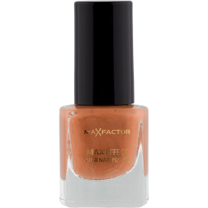 Bild: MAX FACTOR Max Effect Mini Nagellack soft toffee