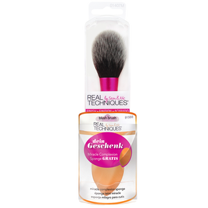 Bild: Real Techniques Blush Brush + Miracle Complexion Sponge gratis