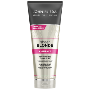 Bild: JOHN FRIEDA Sheer Blonde Hi-Impact Reparierendes Shampoo