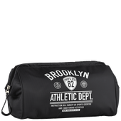 Bild: LOOK BY BIPA Toilettetasche Aufdruck Brooklyn