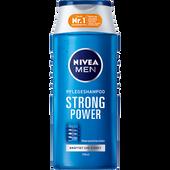 Bild: NIVEA MEN Strong Power Pflegeshampoo