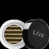 Bild: L.O.V EYETTRACTION Magnetic Loose Eyeshadow magnetize me