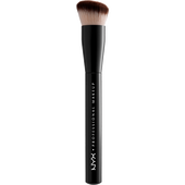 Bild: NYX Professional Make-up Can't Stop Won't Stop Foundation Brush