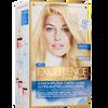 Bild: L'ORÉAL PARIS Excellence Excellence Creme-Coloration ultra-helles goldenes blond