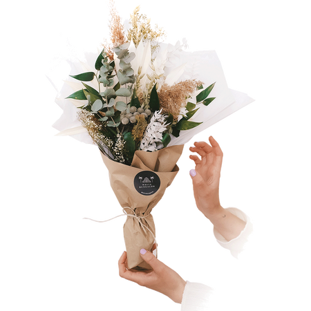 We Are Flowergirls Dried Flower Bouquet Stracciatella