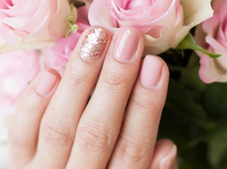 Rundum gepflegte Nägel nach dem Sommer!