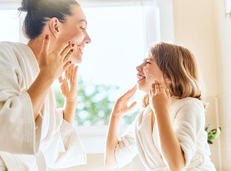 Gesichtsprodukte & Gesichtspflege bei BIPA