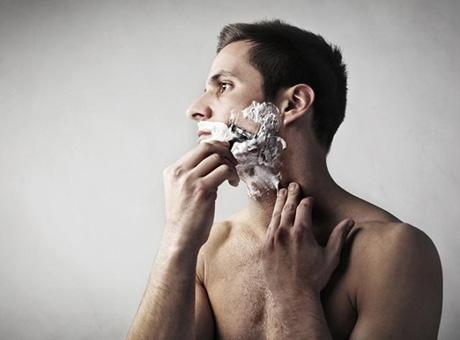 BIPA.me Den Bart richtig rasieren