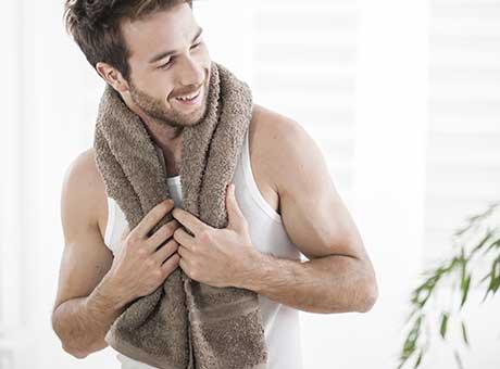 Pflegeprodukte für Männer BIPA