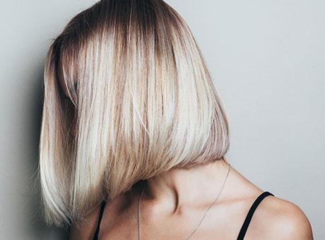 Haarfarben, Colorationen und Tönungen bei BIPA