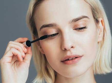 BIPA.me Tipps für lange, dichte und längere Wimpern