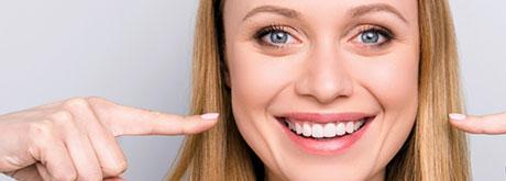 Aktivkohle in der natürlichen Zahnpflege