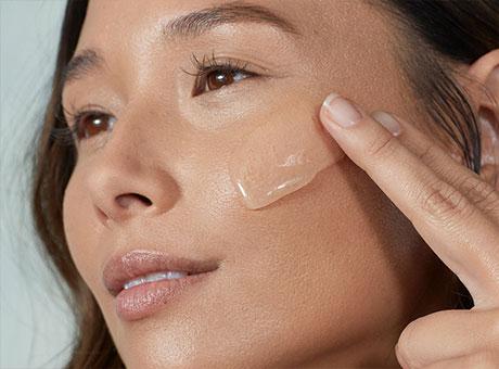 NYX Make-Up, Foundation, Puder uvm.
